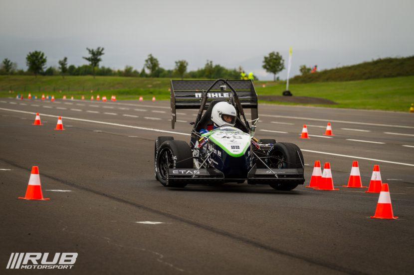 RUB-Motorsport-FSCzech15-18-von-24